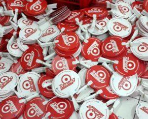 Kipas promosi dari bahan plastik pp atau kipas plastik pvc, kondom tameng